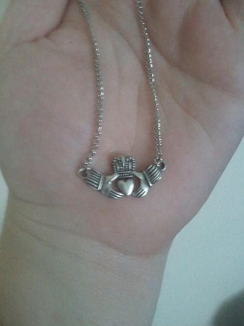 Antique Silver Claddagh Necklace